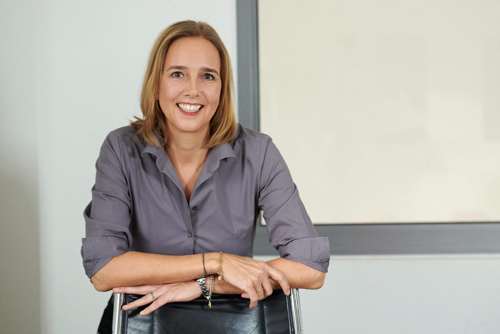 Autoservice Portrait Kristina Wunder Back Office Muenchen